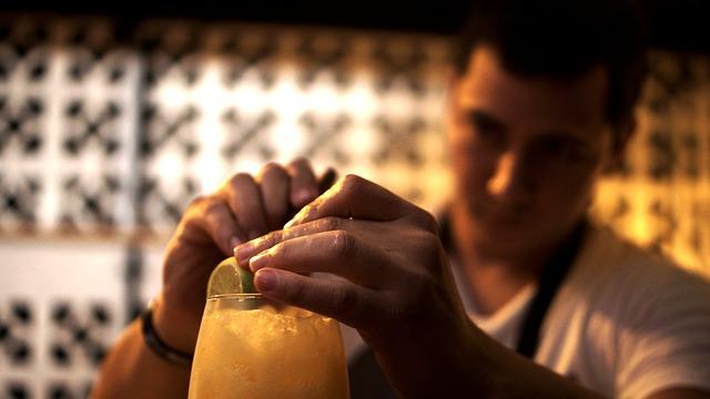 Receta: Como hacer un buen vermut casero con naranja